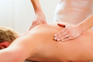 massage therapist back massage